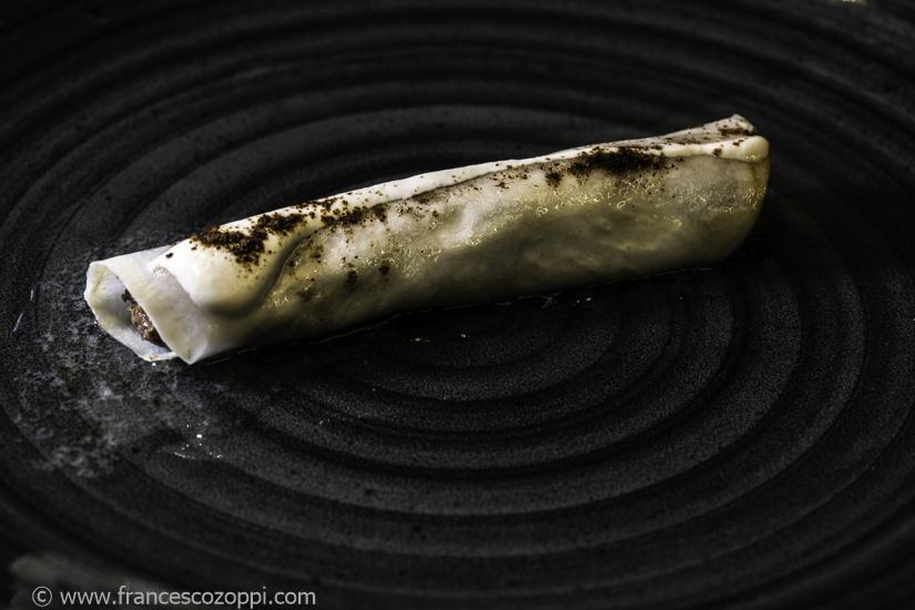 Serata selvaggina: Cannolo di sedano rapa marinato,con paté dì ghiandaia